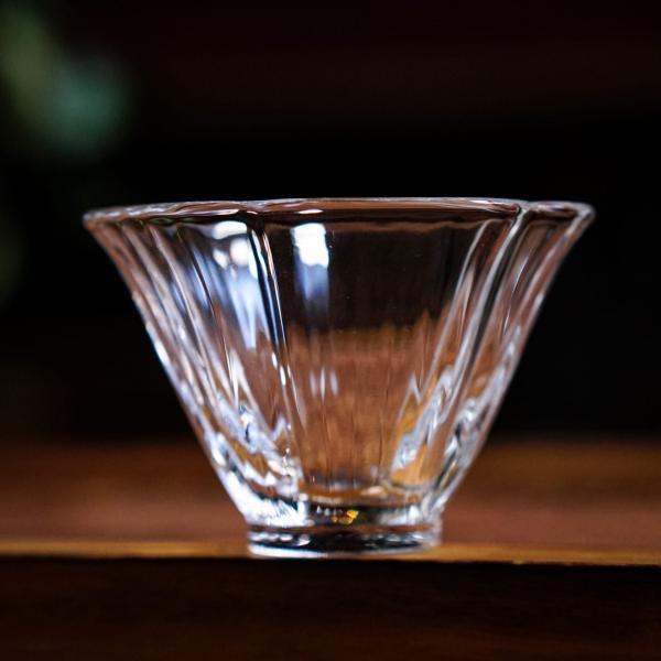 Пиала «Цветок сакуры» стекло 30мл