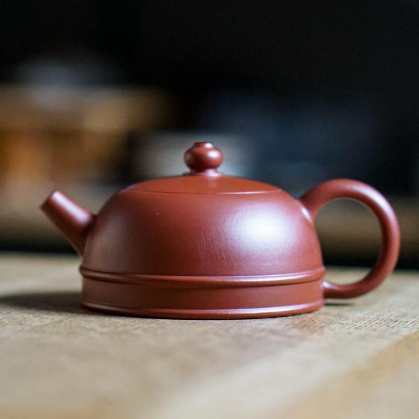 Исинский чайник «1872 эгоист» 90 мл фото