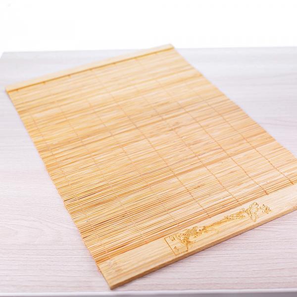 Циновка «Карп и цветок» бамбук 28*19 см фото