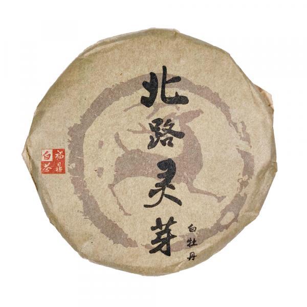 Белый чай «Благородная лань» Бай Му Дань 2010 г. фото
