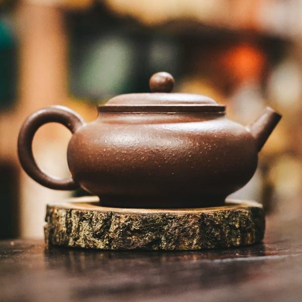 Исинский чайник «Фан Гу» из исинской глины 175 мл фото