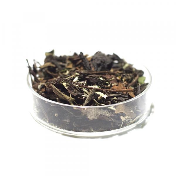 Травяной чай «Витаминный» с белым чаем и таволгой