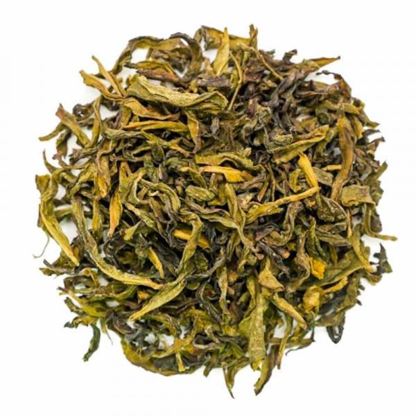 Чай улун Бай Цзы Гуань «Белый петушиный гребень»