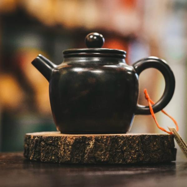Чайник «Колокол Добродетели» цзяньшуйская керамика 120мл (ручная работа)