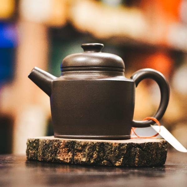 Исинский чайник «Дэ Чжун Цин Хуэй Ша» из исинской глины 130 мл фото