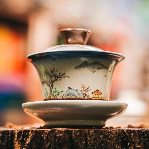 Гайвань «Беседа в горах» керамика 150 мл (ручная роспись) фото