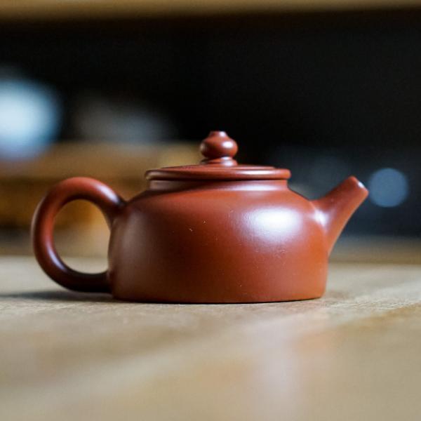 Исинский чайник «Дэ Чжун Ху» 110 мл фото