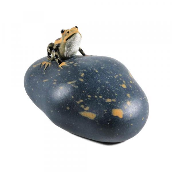 Чайная фигурка «Лягушка на камне» 5 см фото