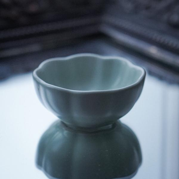 Пиала «Цветок» керамика Жу Яо 50 мл фото