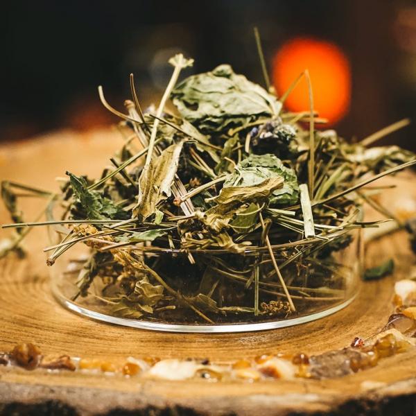 Травяной чай «Эпос долголетия» с зизифорой и малиной фото