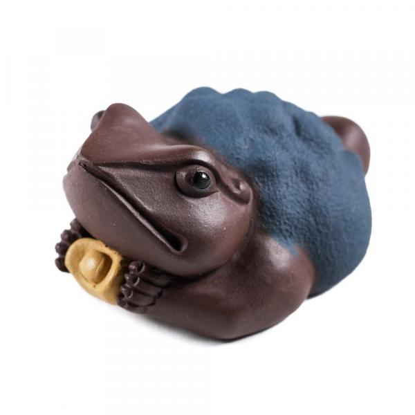 Чайная фигурка Жаба «Подношение» темная