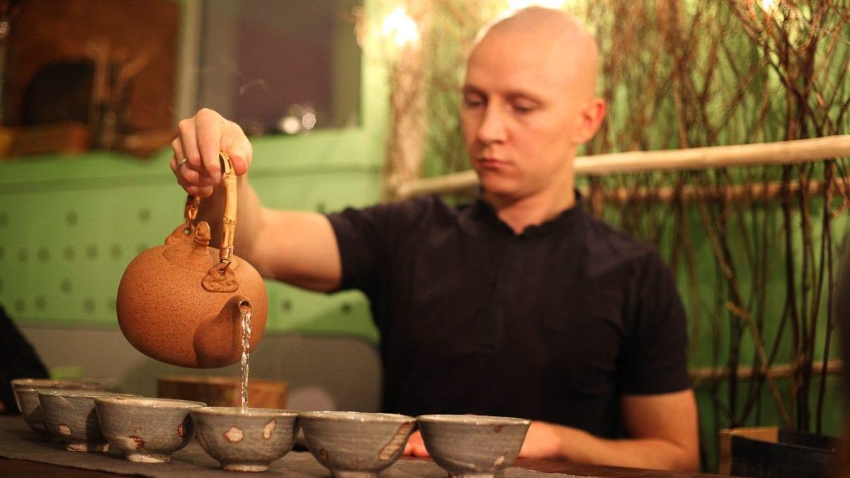 Чай в гостях у Ильи Распопова фото