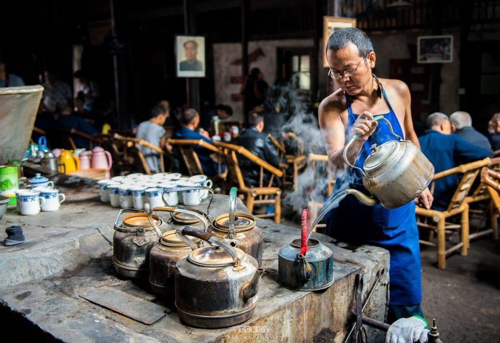 Как пьют чай в Китае, металлический чайник