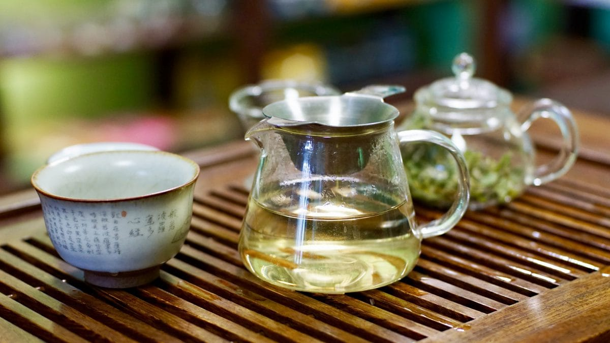 Белый чай белый пион